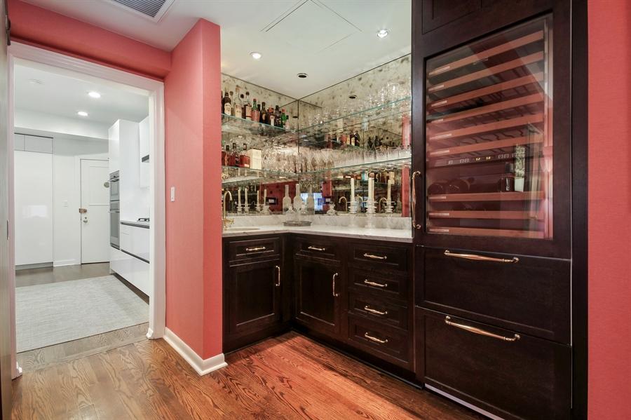 Real Estate Photography - 232 E Walton, 6E, Chicago, IL, 60611 - Bar