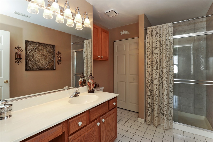 Real Estate Photography - 6868 W MOUNT VERNON, GURNEE, IL, 60031 - Master Bathroom