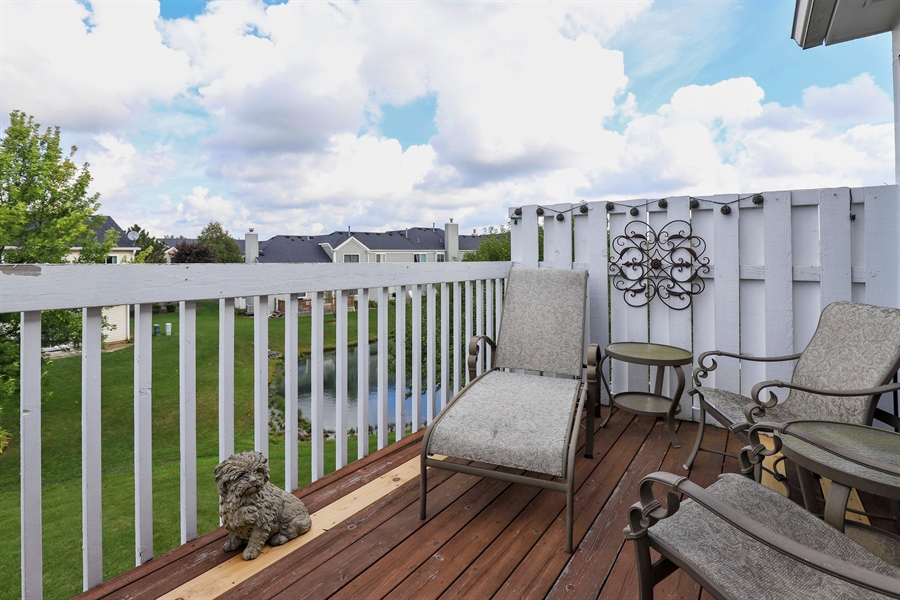Real Estate Photography - 6868 W MOUNT VERNON, GURNEE, IL, 60031 - Balcony