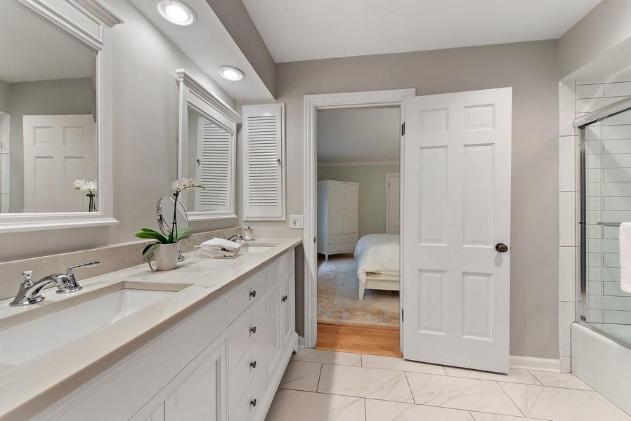 Real Estate Photography - 650 Sheridan Road, Winnetka, IL, 60093 - 3rd Bathroom