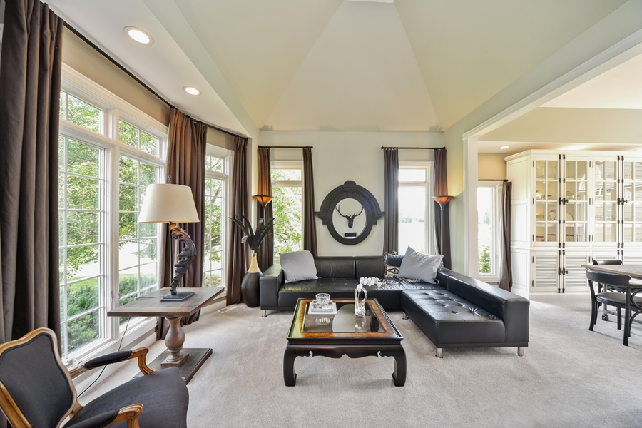 Real Estate Photography - 2 E Prairie Ct, Hawthorn Woods, IL, 60047 - Living Room