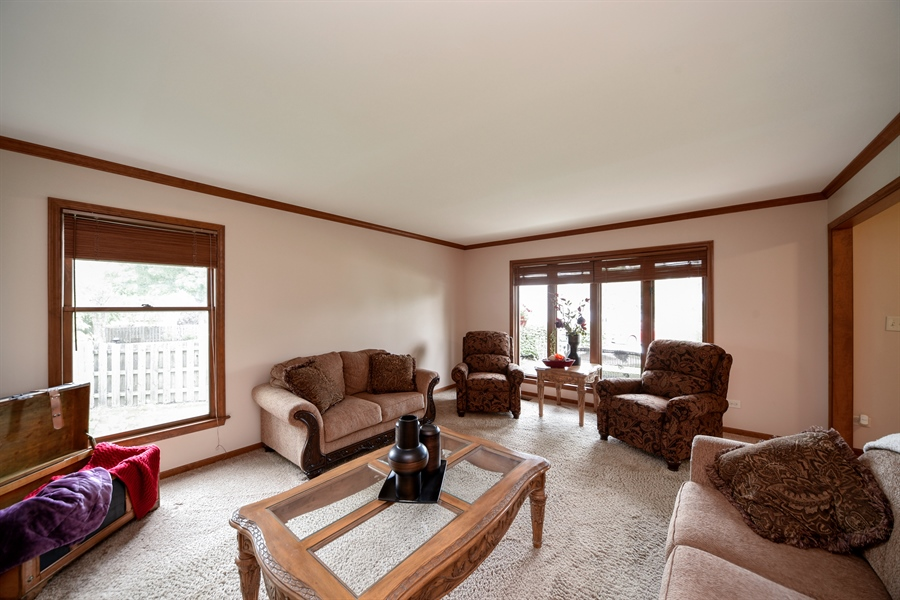 Real Estate Photography - 578 Yardley, Mundelein, IL, 60060 - Living Room