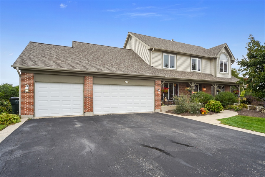Real Estate Photography - 578 Yardley, Mundelein, IL, 60060 - Front View