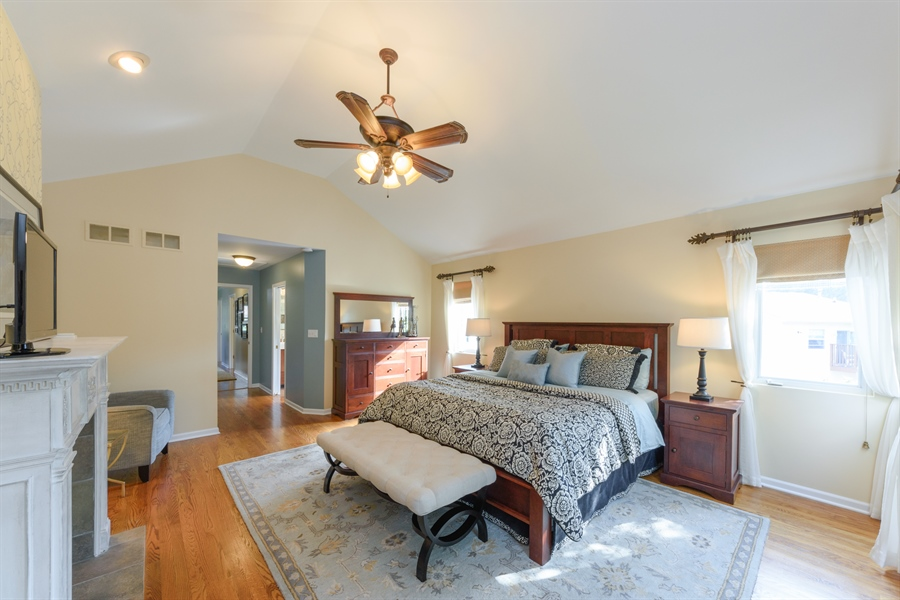 Real Estate Photography - 23858 N Lakeside DR, Lake Zurich, IL, 60047 - Master Bedroom