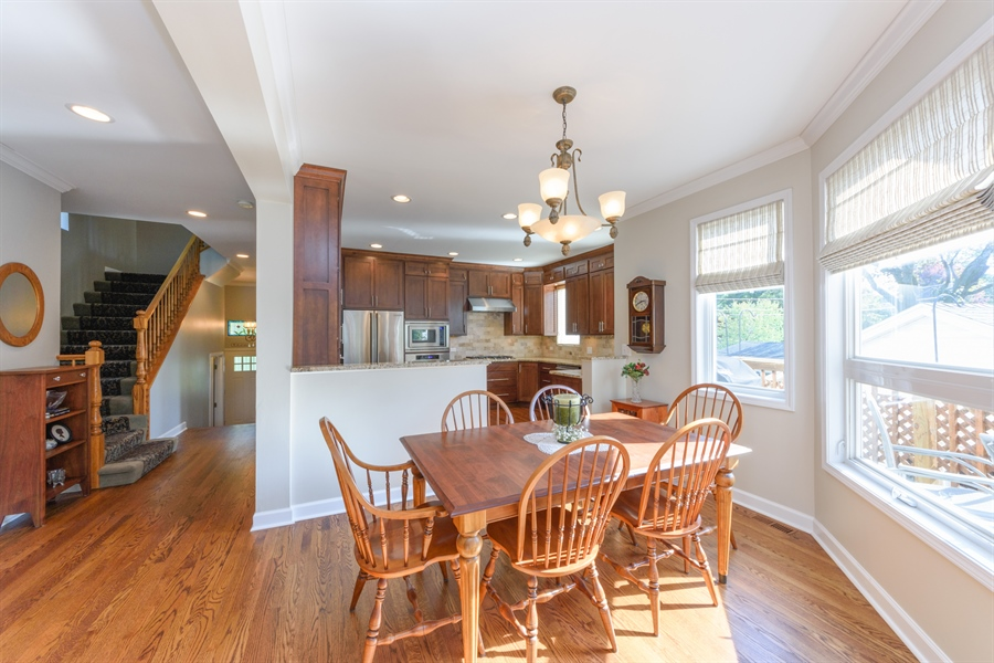 Real Estate Photography - 23858 N Lakeside DR, Lake Zurich, IL, 60047 - Kitchen / Dining Room
