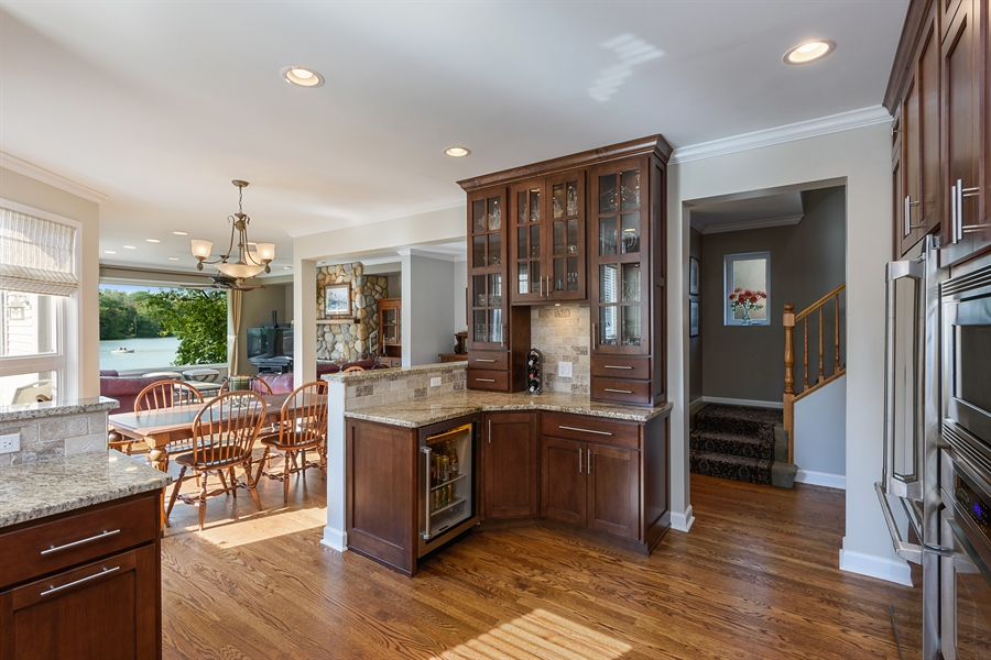 Real Estate Photography - 23858 N Lakeside DR, Lake Zurich, IL, 60047 - Kitchen/Dining