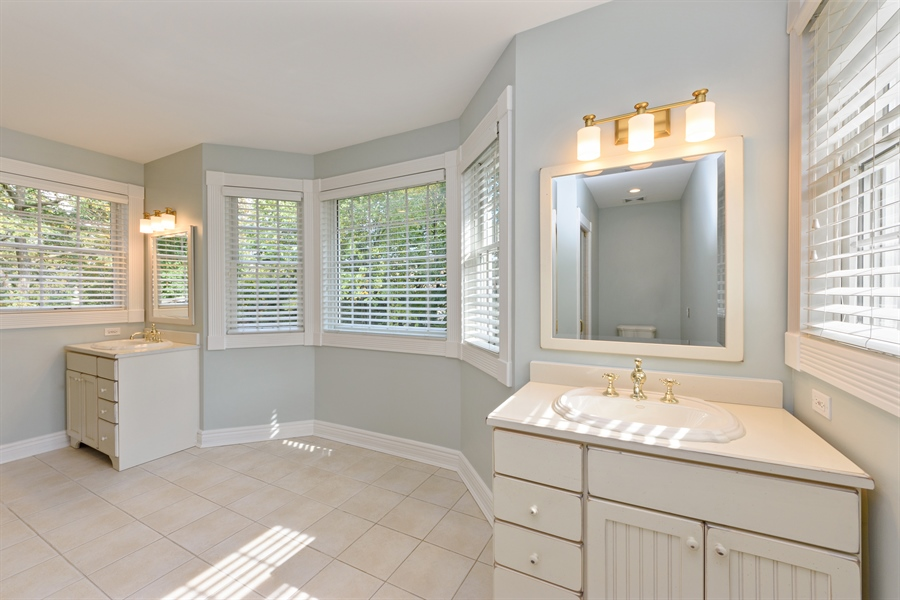 Real Estate Photography - 21227 W Andover Dr, Mundelein, IL, 60060 - Master Bathroom