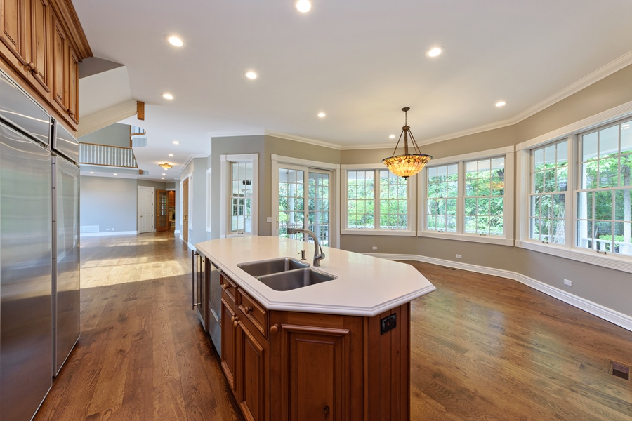 Real Estate Photography - 21227 W Andover Dr, Mundelein, IL, 60060 - Kitchen / Breakfast Room