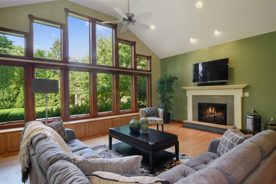 Real Estate Photography - 734 S Belmont Avenue, Arlington Heights, IL, 60005 - Family Room