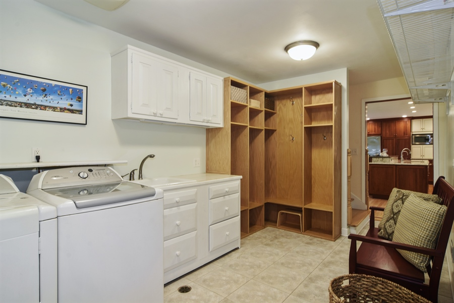 Real Estate Photography - 734 S Belmont Avenue, Arlington Heights, IL, 60005 - Laundry Room