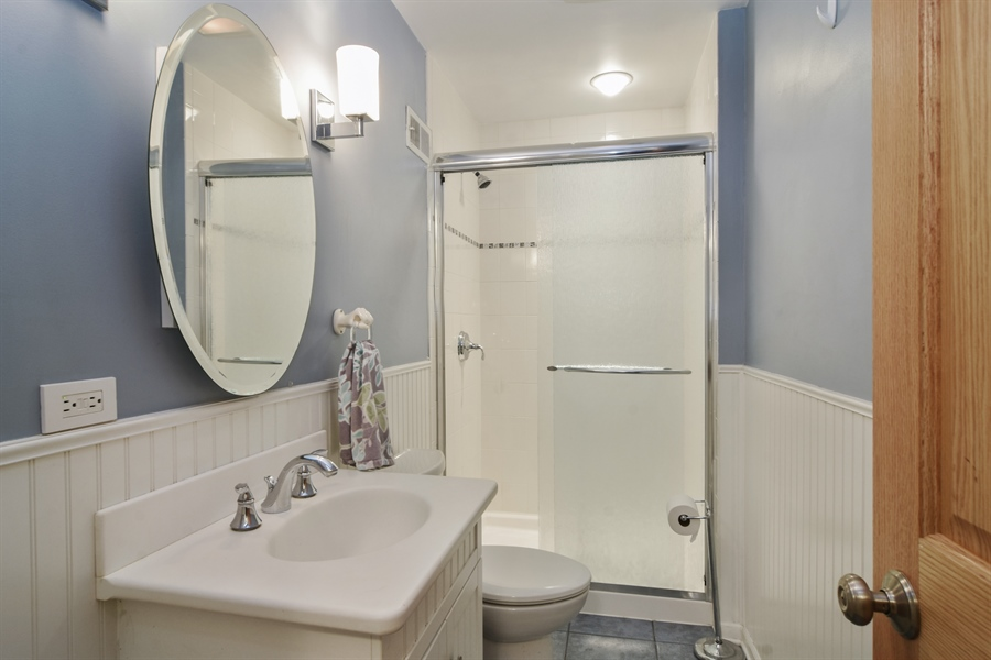 Real Estate Photography - 734 S Belmont Avenue, Arlington Heights, IL, 60005 - 2nd Bathroom