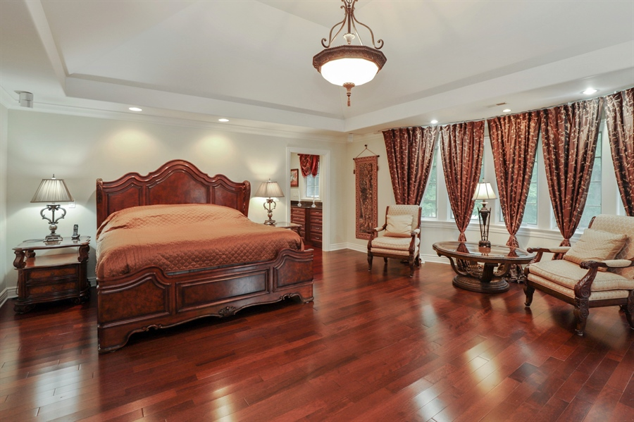 Real Estate Photography - 36 Plymouth, lincolnshire, IL, 60069 - Master Bedroom
