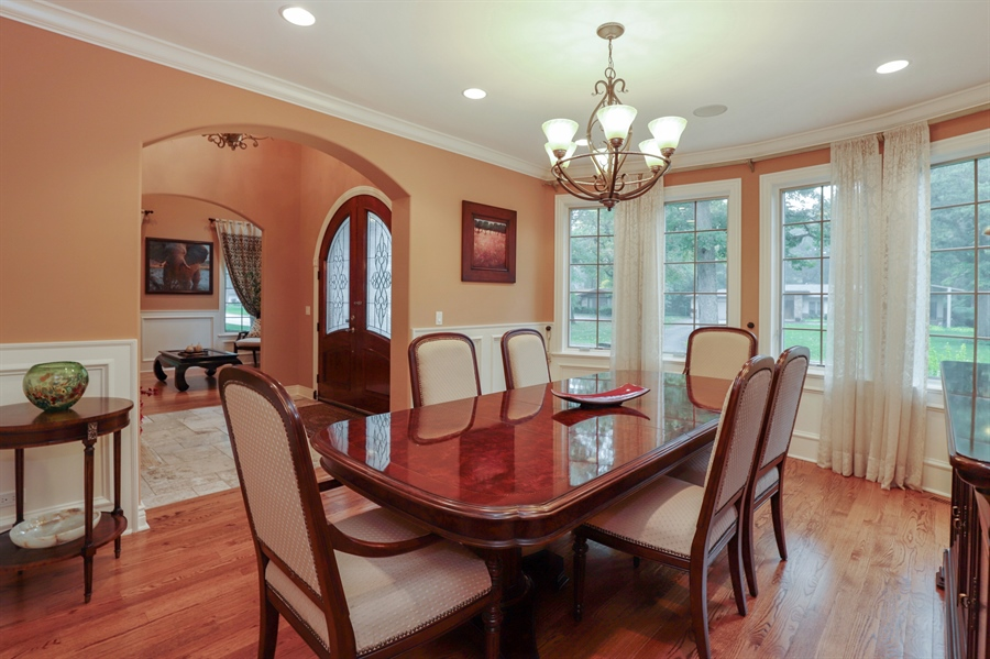 Real Estate Photography - 36 Plymouth, lincolnshire, IL, 60069 - Dining Room