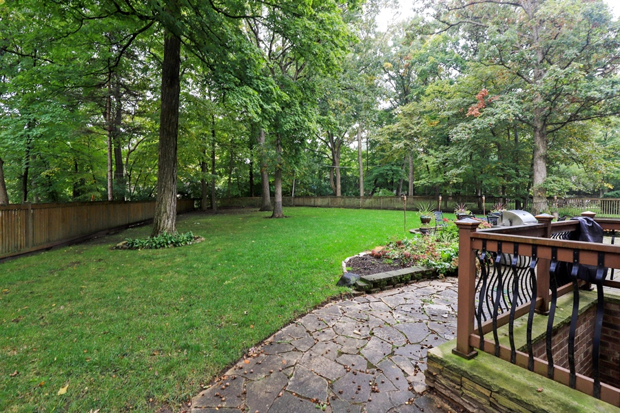 Real Estate Photography - 36 Plymouth, lincolnshire, IL, 60069 - Back Yard