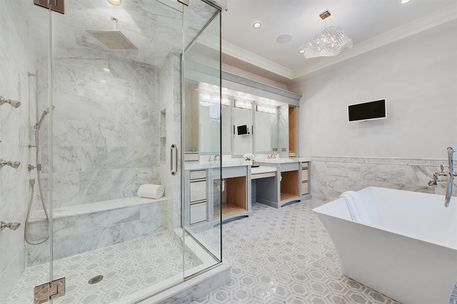 Real Estate Photography - 966 Pine Tree Ln, Winnetka, IL, 60093 - Master Bathroom