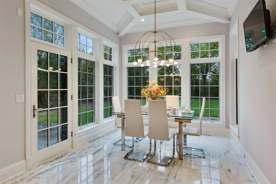 Real Estate Photography - 966 Pine Tree Ln, Winnetka, IL, 60093 - Breakfast Area