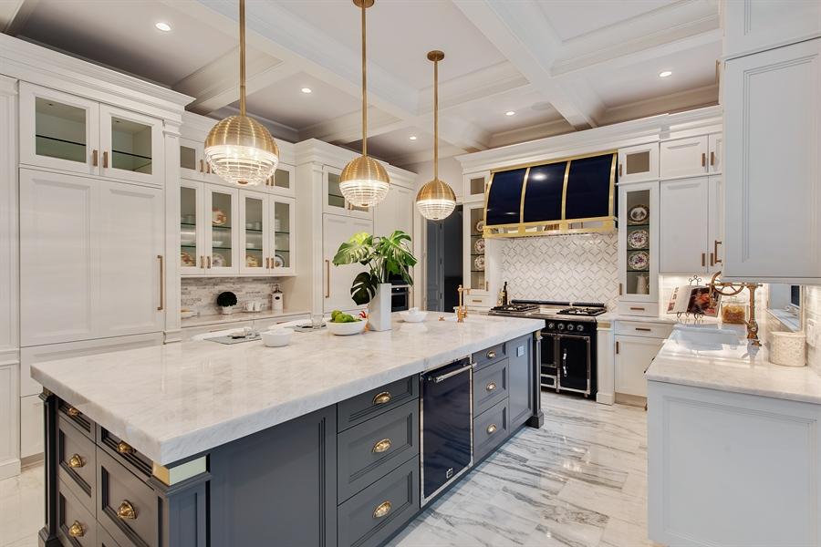 Real Estate Photography - 966 Pine Tree Ln, Winnetka, IL, 60093 - Kitchen