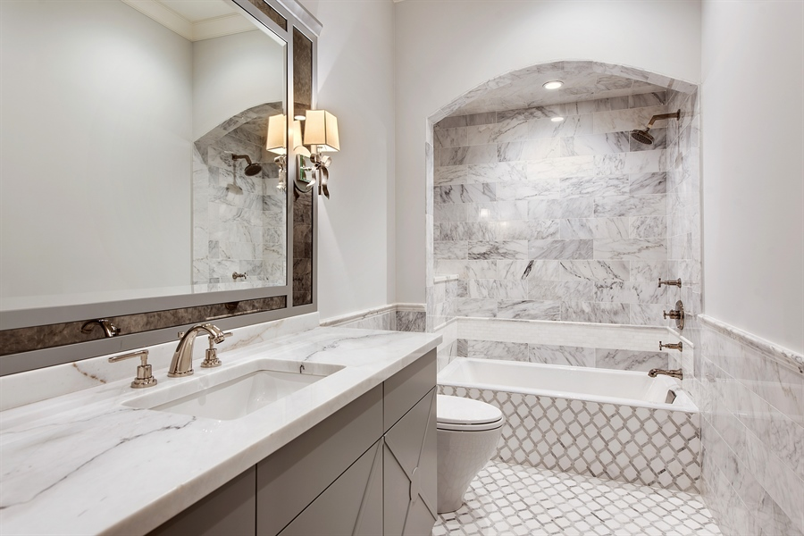 Real Estate Photography - 966 Pine Tree Ln, Winnetka, IL, 60093 - 2nd Bathroom