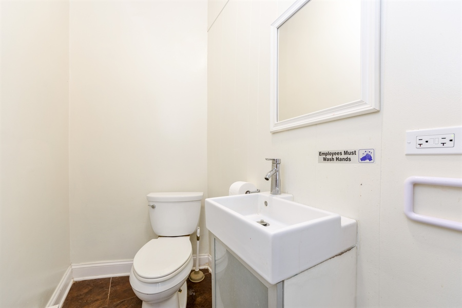 Real Estate Photography - 113 S Cook Street, Barrington, IL, 60010 - Bathroom