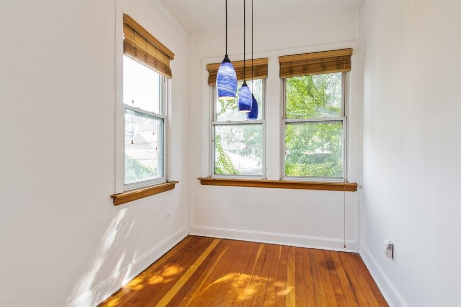 Real Estate Photography - 2239 W Fletcher St, Chicago, IL, 60614 - Breakfast Nook