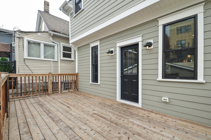 Real Estate Photography - 2538 W Medill Ave, Chicago, IL, 60647 - Deck
