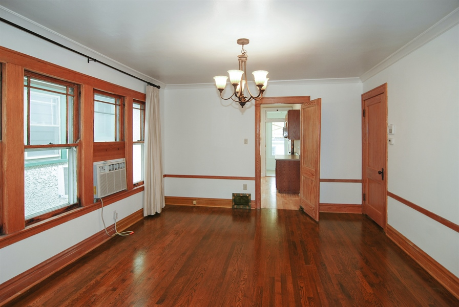 Real Estate Photography - 3620 Wesley Ave, Berwyn, IL, 60402 - Dining Room