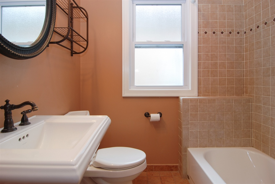 Real Estate Photography - 3620 Wesley Ave, Berwyn, IL, 60402 - Bathroom