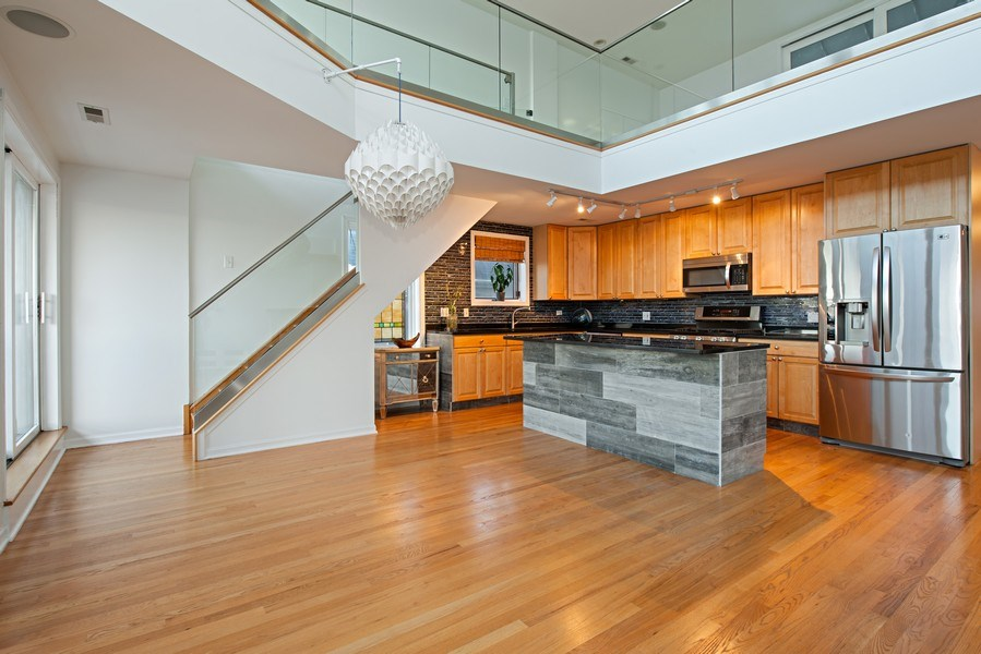 Real Estate Photography - 1373 Hubbard, Unit 4E, Chicago, IL, 60642 - Kitchen/Dining