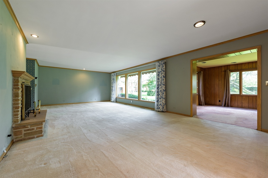 Real Estate Photography - 4050 Bunker Ln, Wilmette, IL, 60091 - Living Rm/Family Rm