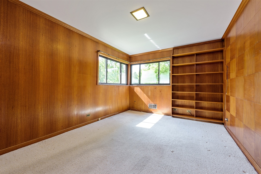 Real Estate Photography - 4050 Bunker Ln, Wilmette, IL, 60091 - 3rd Bedroom/Office