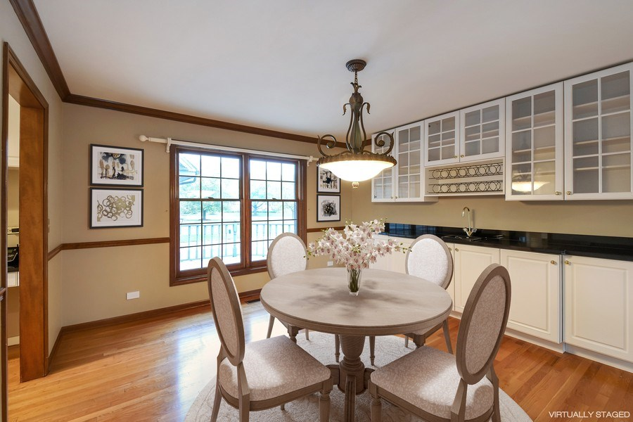 Real Estate Photography - 1 Brookhaven Cir, South Barrington, IL, 60010 - Breakfast Area