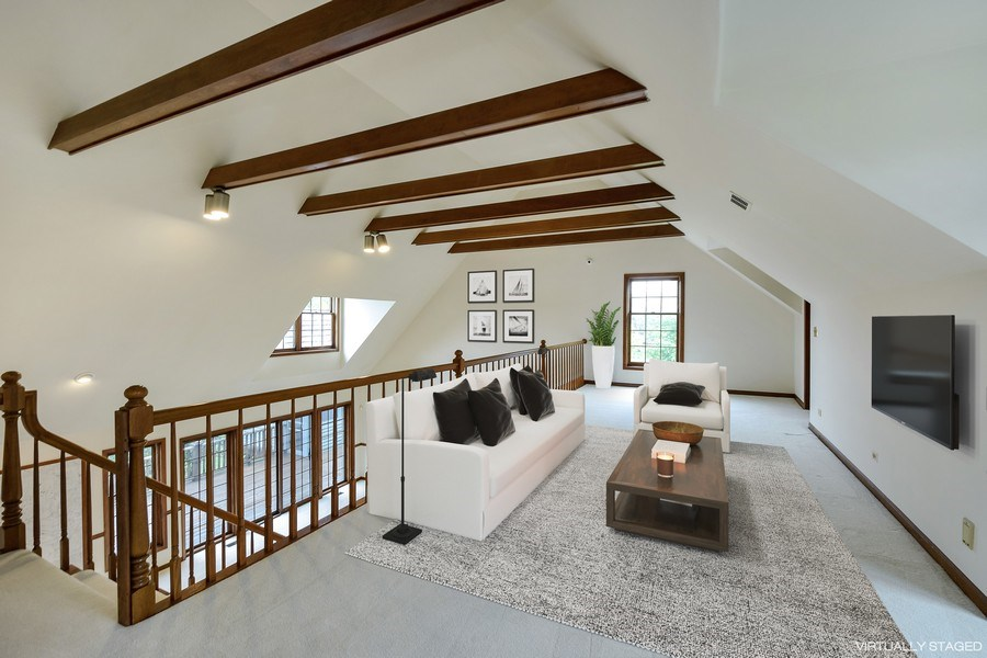 Real Estate Photography - 1 Brookhaven Cir, South Barrington, IL, 60010 - Loft