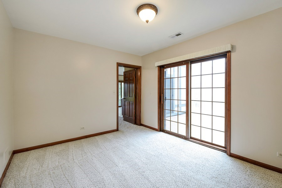Real Estate Photography - 1 Brookhaven Cir, South Barrington, IL, 60010 - Office