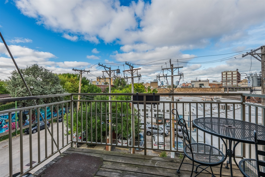 Real Estate Photography - 912 West Chicago Avenue, 201, Chicago, IL, 60642 - Balcony