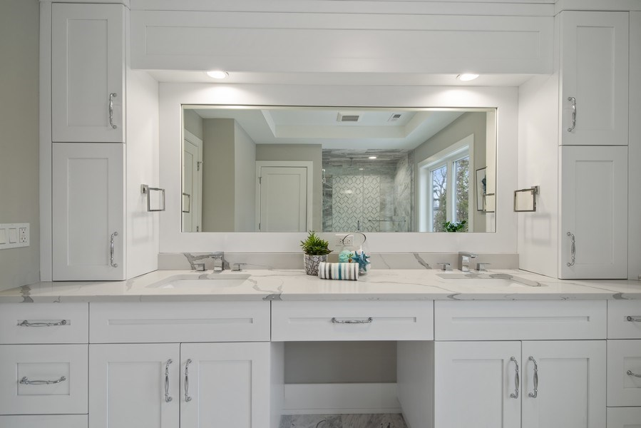 Real Estate Photography - 711 Juniper Rd, Glenview, IL, 60026 - Master Bathroom