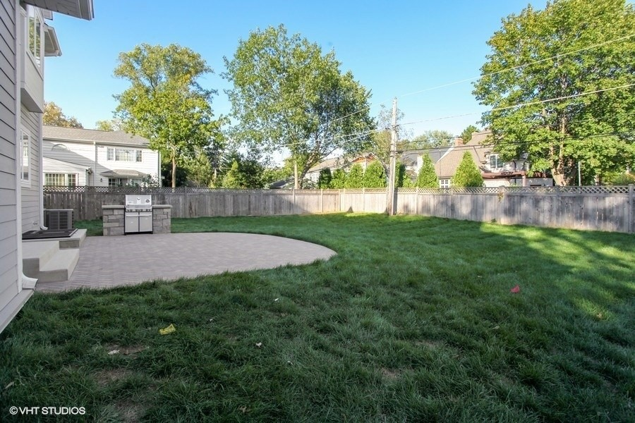 Real Estate Photography - 711 Juniper Rd, Glenview, IL, 60026 - Backyard