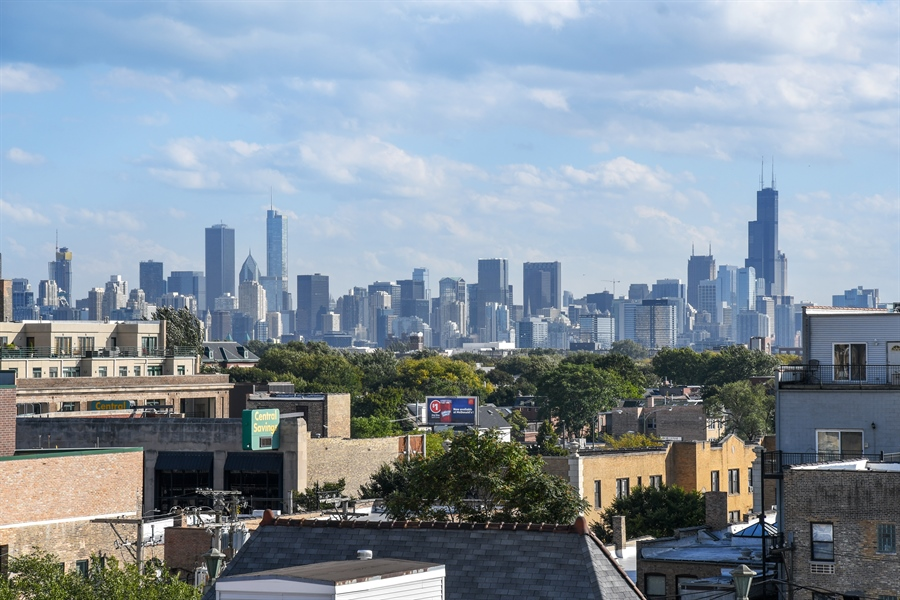 Real Estate Photography - 1645 W. School St., 421, Chicago, IL, 60657 - City View