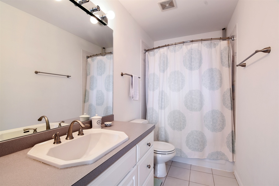 Real Estate Photography - 1645 W. School St., 421, Chicago, IL, 60657 - Master Bathroom