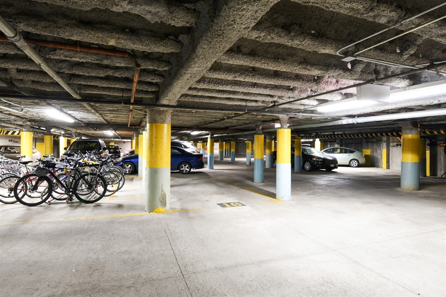 Real Estate Photography - 1645 W. School St., 421, Chicago, IL, 60657 - Garage