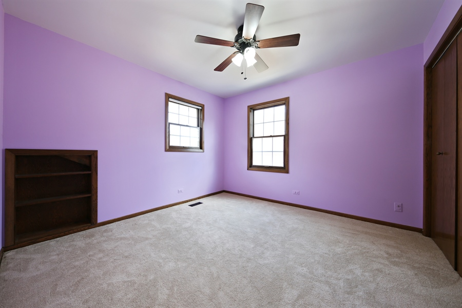 Real Estate Photography - 190 e columbia, elmhurst, IL, 60126 - 2nd Bedroom