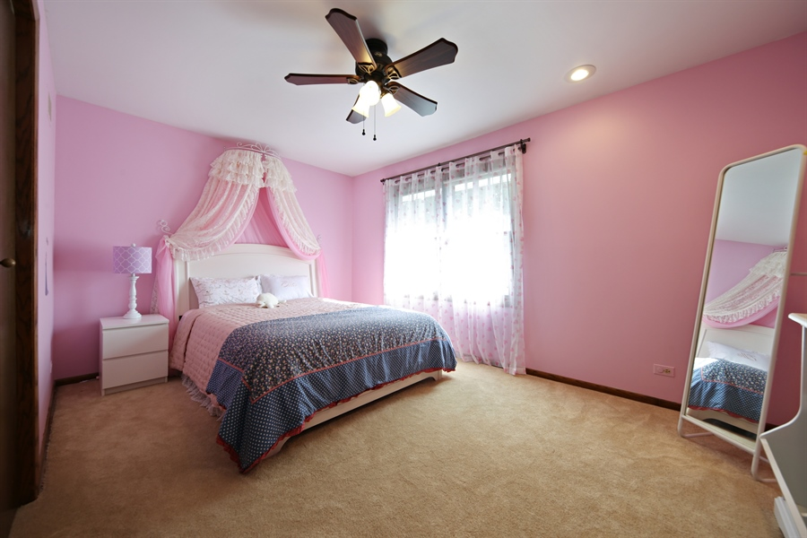 Real Estate Photography - 190 e columbia, elmhurst, IL, 60126 - 3rd Bedroom