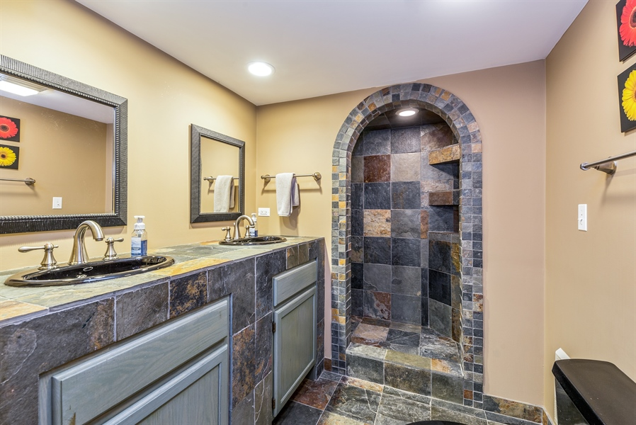 Real Estate Photography - 293 Longcommon Rd, Riverside, IL, 60546 - 3rd Bathroom