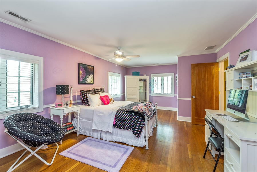 Real Estate Photography - 293 Longcommon Rd, Riverside, IL, 60546 - 2nd Bedroom