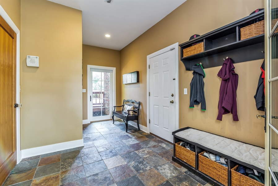 Real Estate Photography - 293 Longcommon Rd, Riverside, IL, 60546 - Mudroom