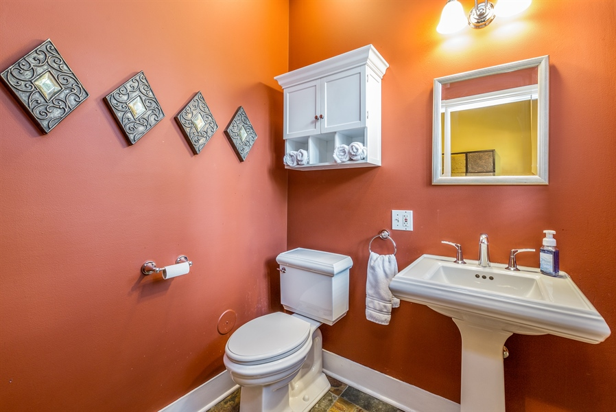 Real Estate Photography - 293 Longcommon Rd, Riverside, IL, 60546 - Powder Room