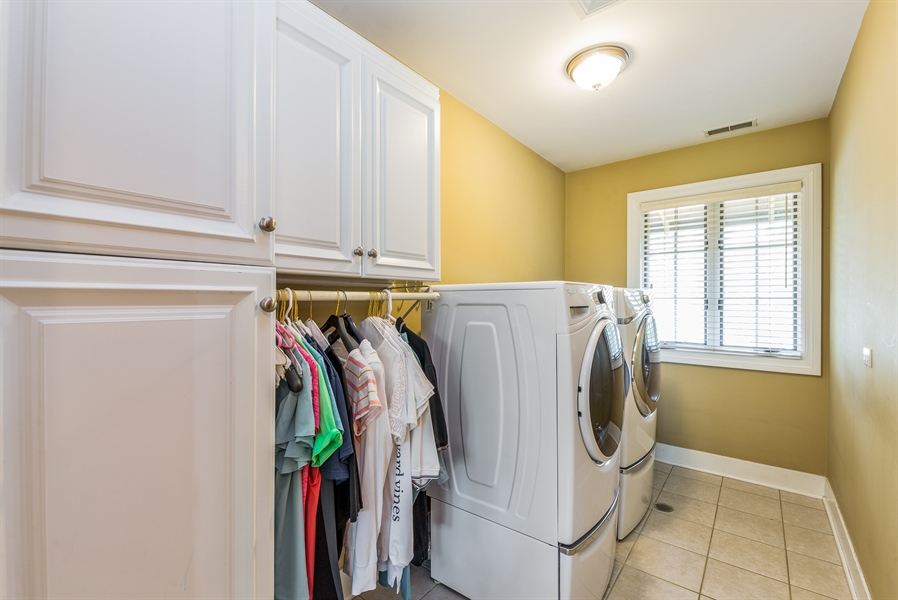 Real Estate Photography - 293 Longcommon Rd, Riverside, IL, 60546 - Laundry Room