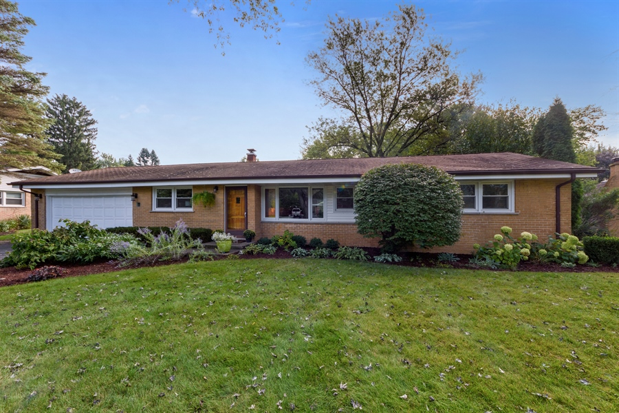 Real Estate Photography - 103 Coldren Dr, Prospect Heights, IL, 60070 - Front View