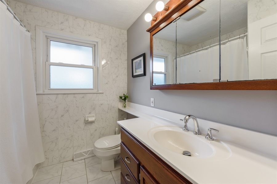 Real Estate Photography - 103 Coldren Dr, Prospect Heights, IL, 60070 - Bathroom