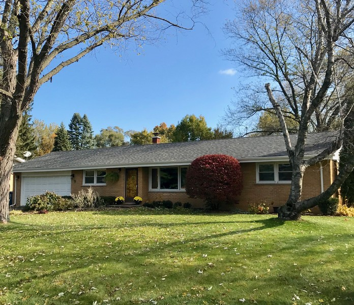Real Estate Photography - 103 Coldren Dr, Prospect Heights, IL, 60070 -
