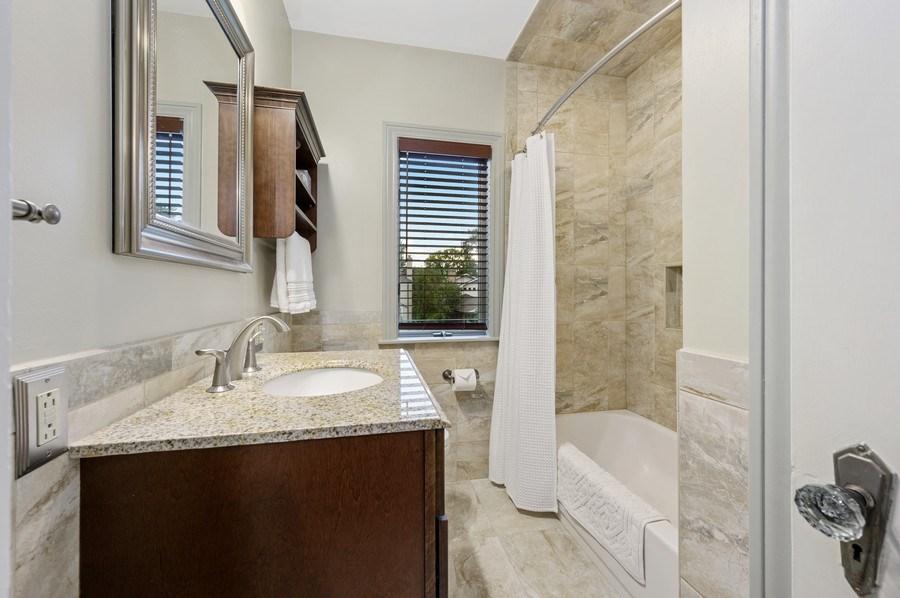 Real Estate Photography - 1210 Woodbine Ave, Oak Park, IL, 60302 - Bathroom